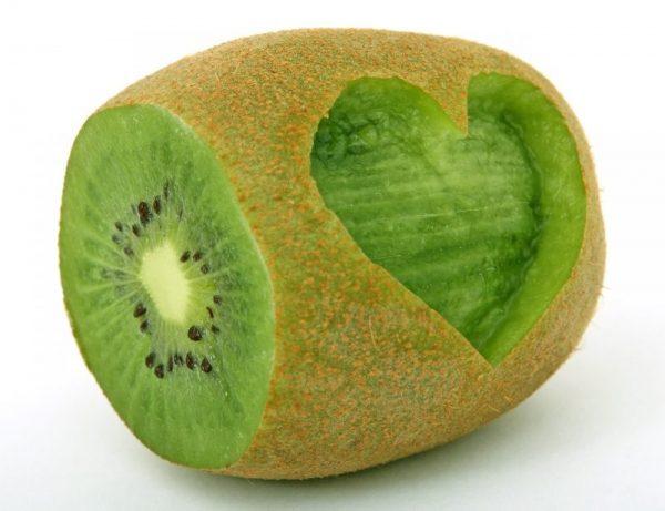 Obst Kiwi mit Herz