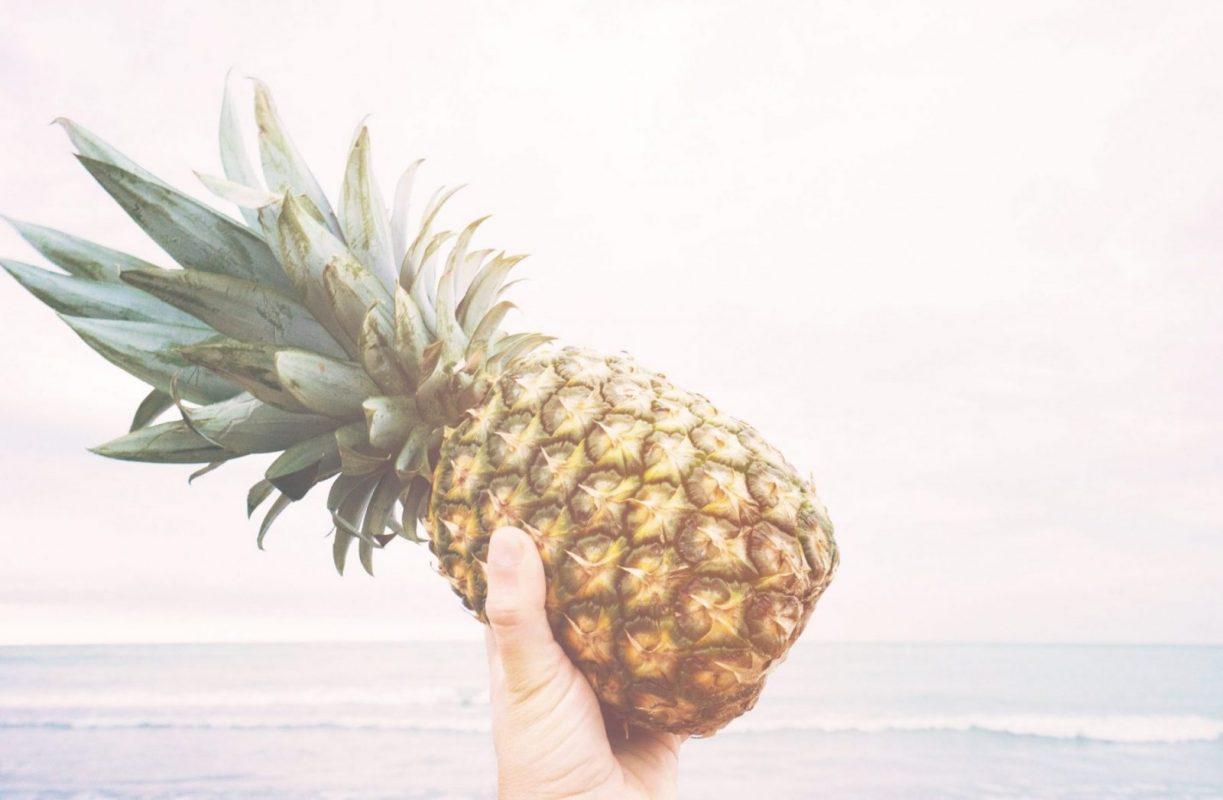 Ananas exotische Frucht